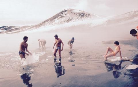 A Bath in Deception Island